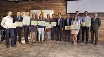 AXA Nadačný fond v Nadácii Pontis podporil mladých inovátorov