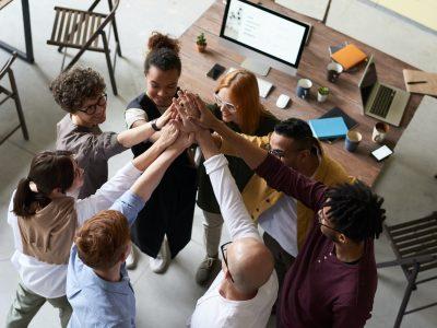 #GivingTuesday ponúka grantovo-vzdelávací program pre inovatívnych lídrov a organizácie