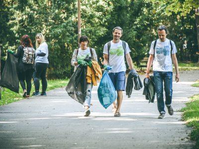 Ako začať s dobrovoľníctvom? Toto je 5 platforiem, kde nájdete dobrovoľnícke príležitosti