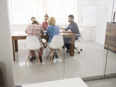 Firemná kultúra je pre firmy rovnako dôležitá ako firemná stratégia