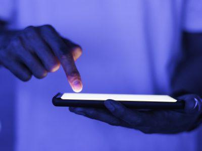 Hejt na sociálnych sieťach môže zasiahnuť akúkoľvek firmu, tvrdí odborník na dezinformácie