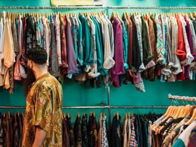 Ako robiť zbierky šatstva udržateľne?